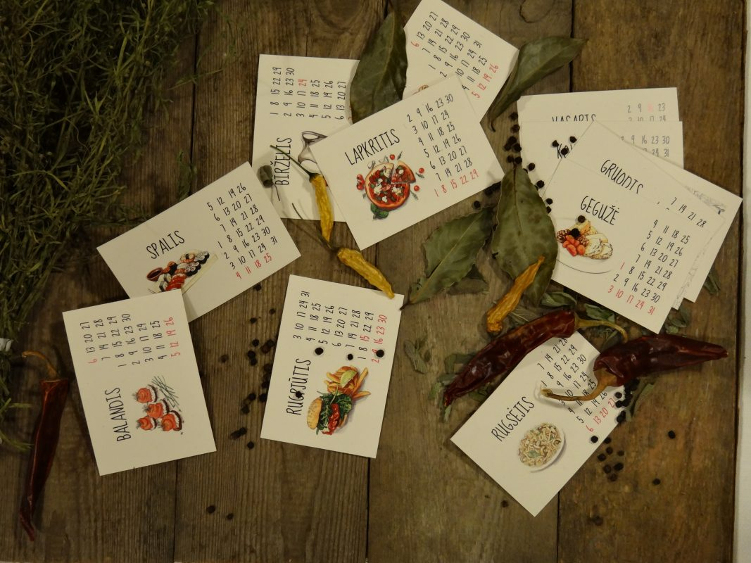 krafitinio kalendoriaus lapeliai